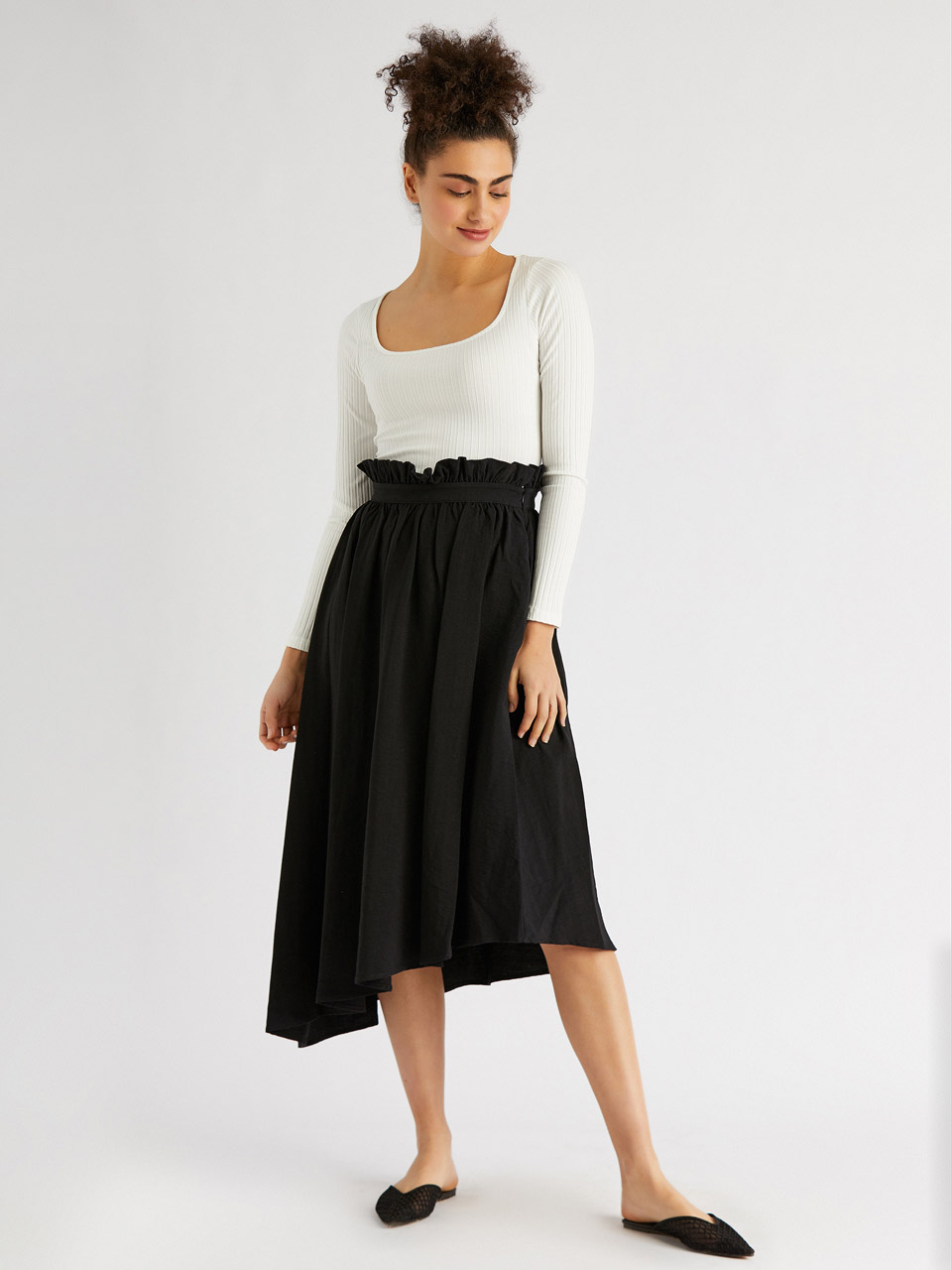 Ruffled Skirt at Waist