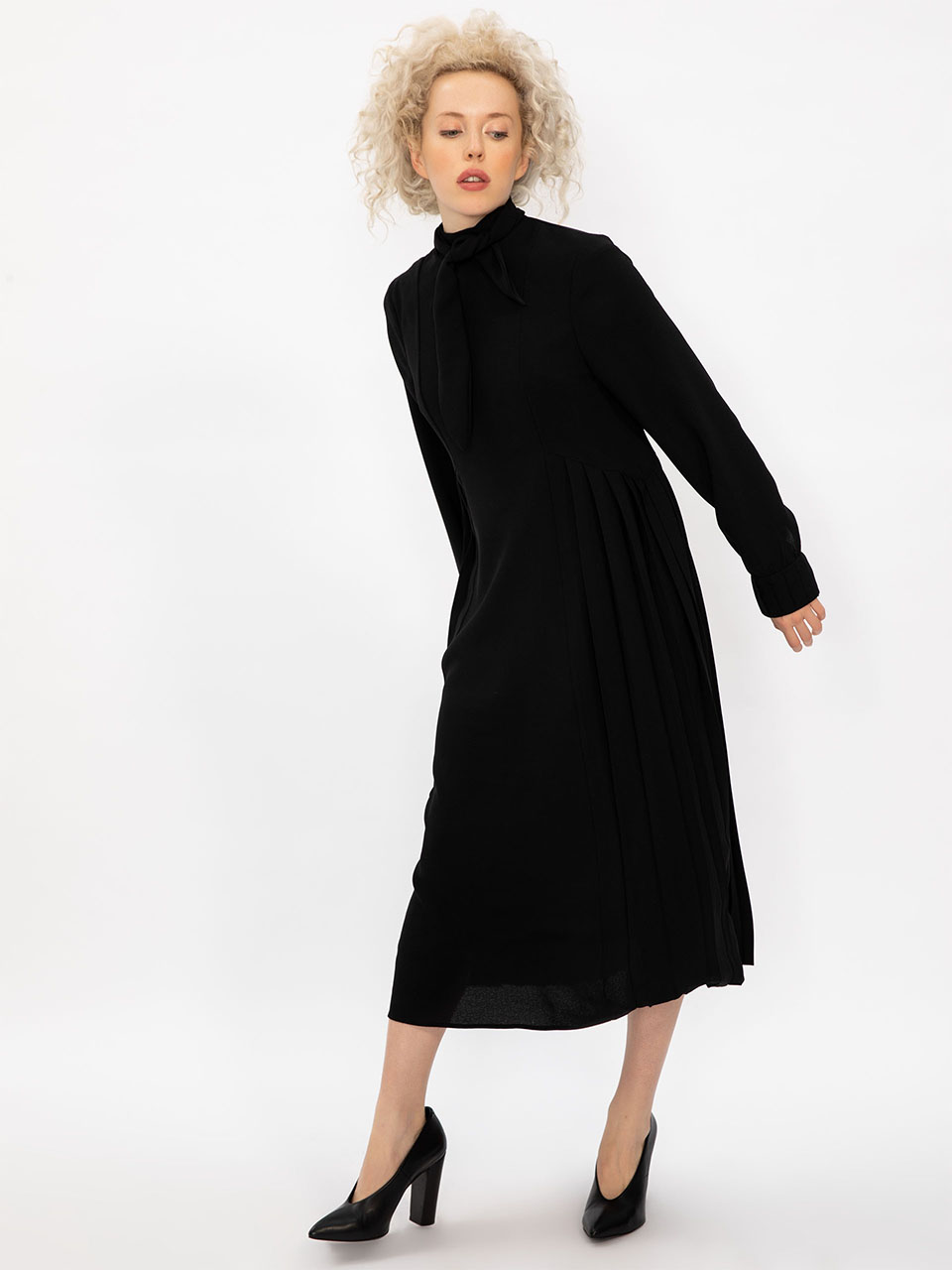 Collared Long Sleeve Midi Dress