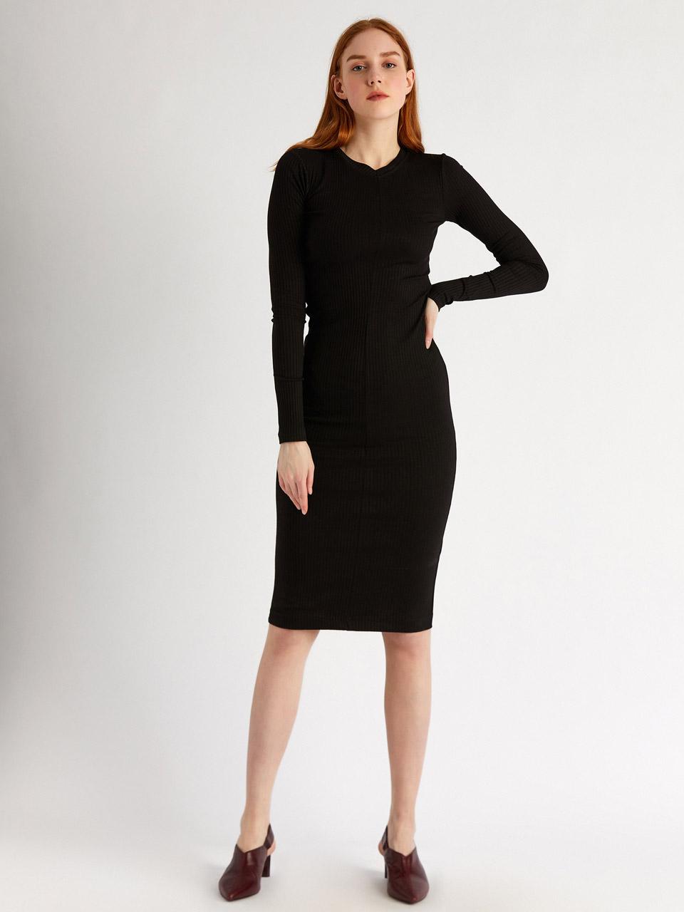 V Neck Stretchy Fabric Dress