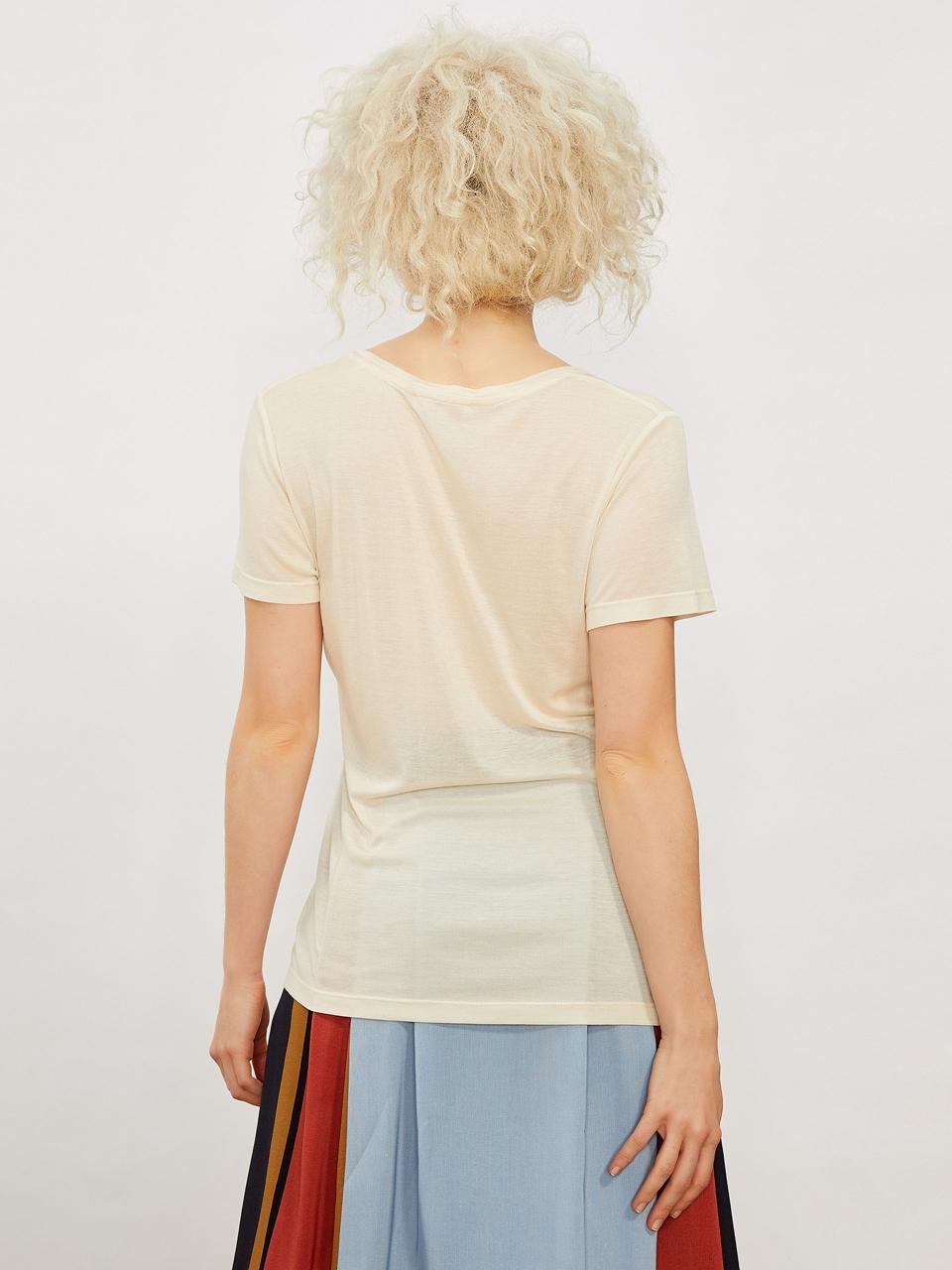 V Yaka İpekli Tshirt