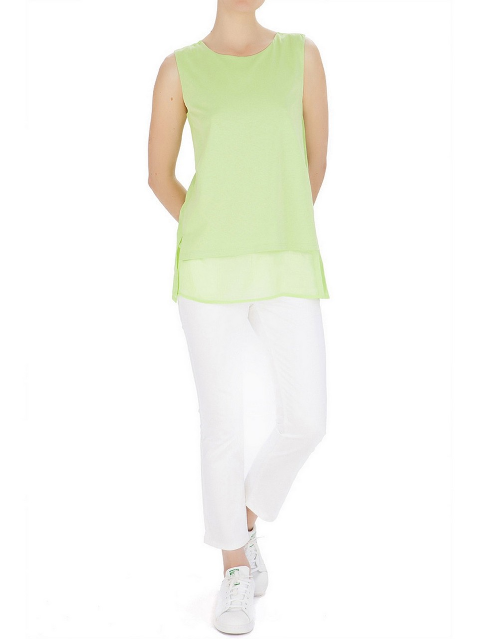Sleeveless Round Neck Blouse