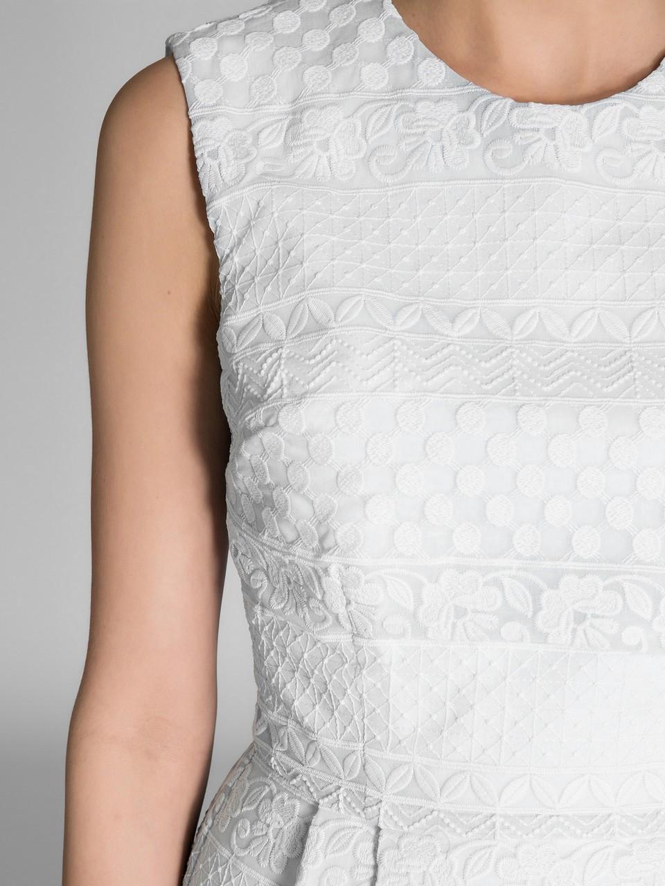 Sıfır Yaka Dantel Elbise