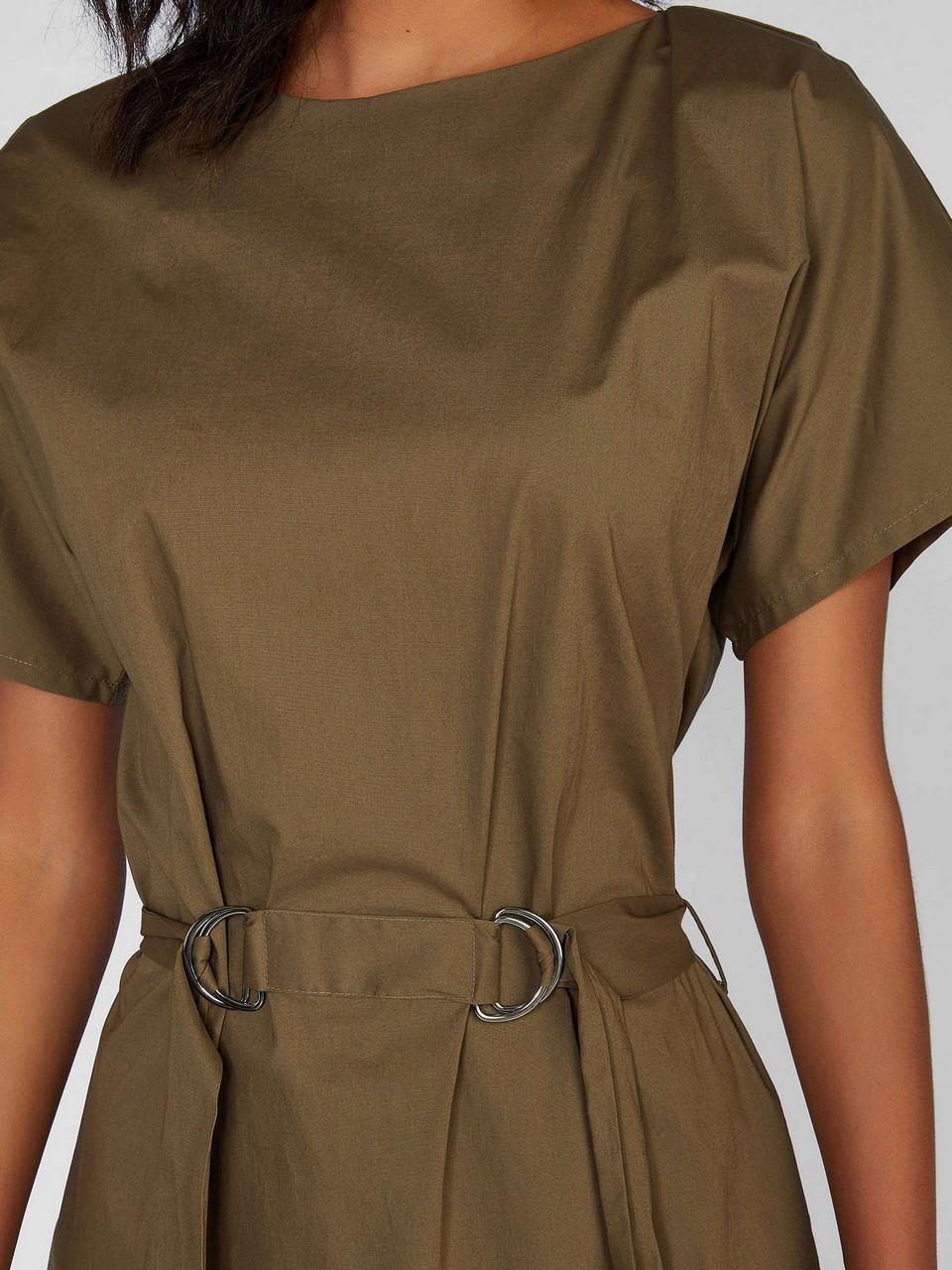 Kayık Yaka Belden Kuşaklı Midi Elbise