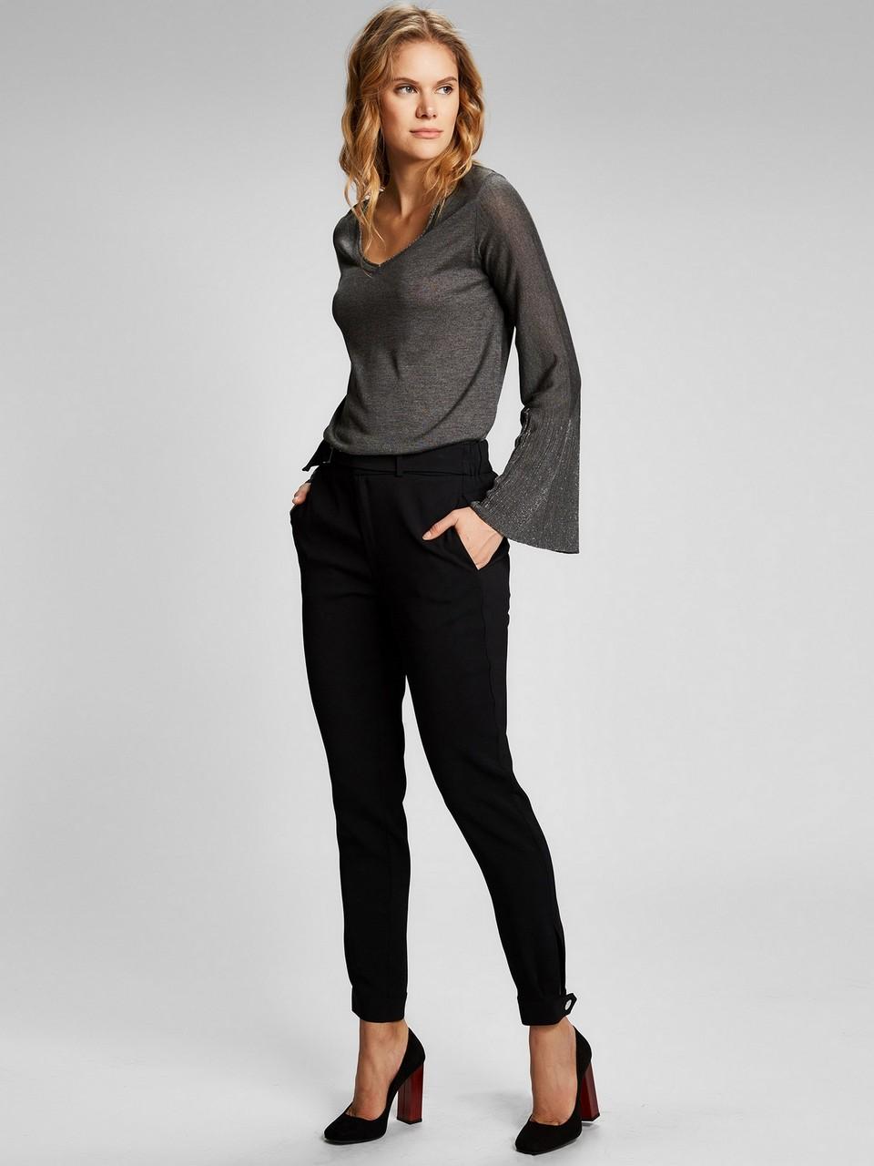 Kemer Detaylı Paçası Çıtçıtlı Pantolon
