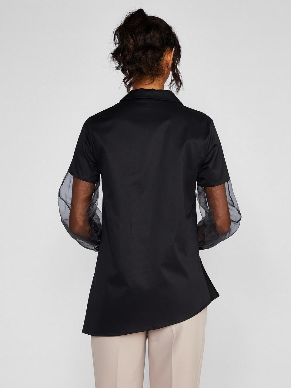 Uzun Transparan Kol Detaylı Asimetrik Kesim Gömlek