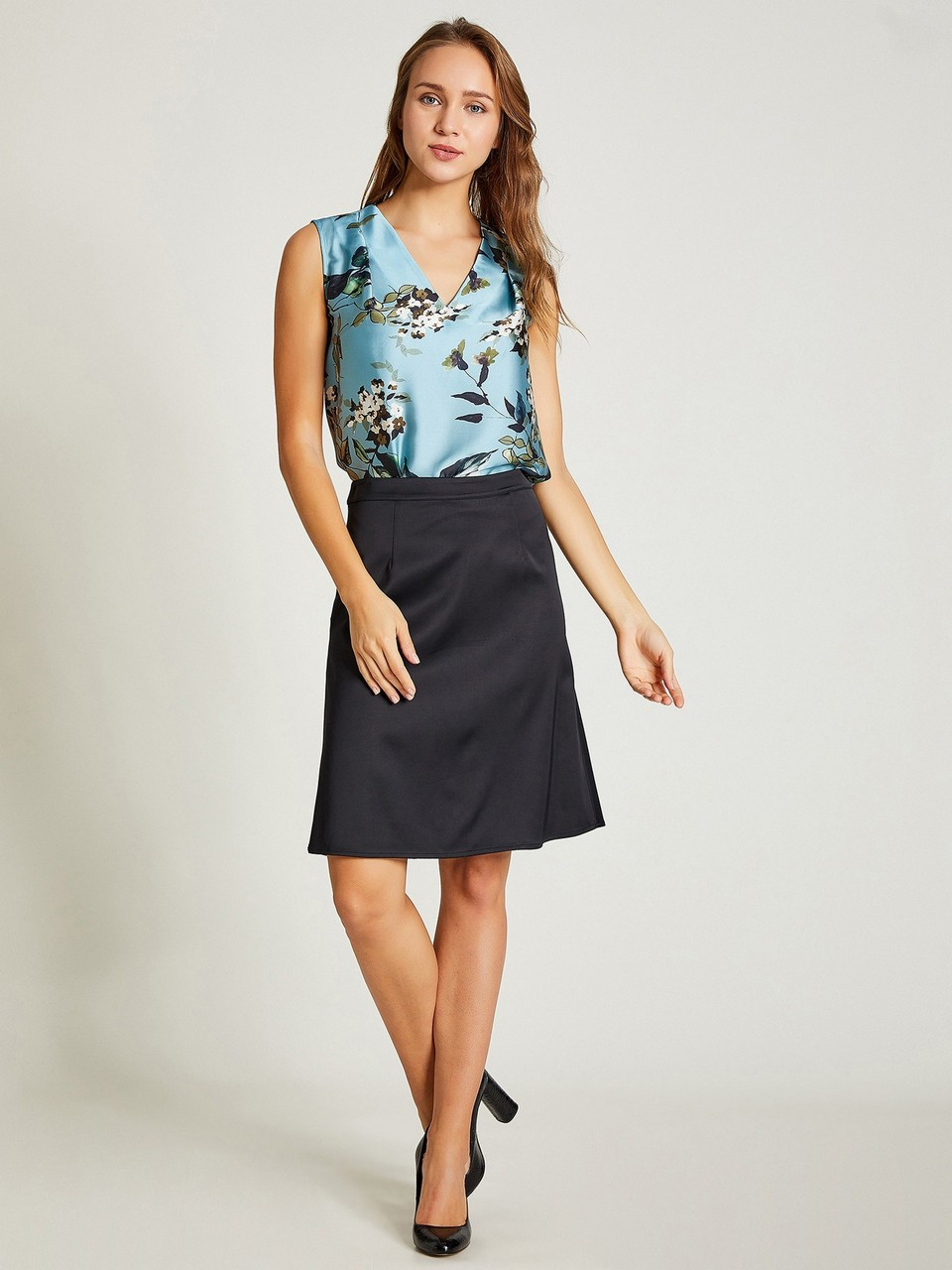 Zippered Back Midi Size Skirt