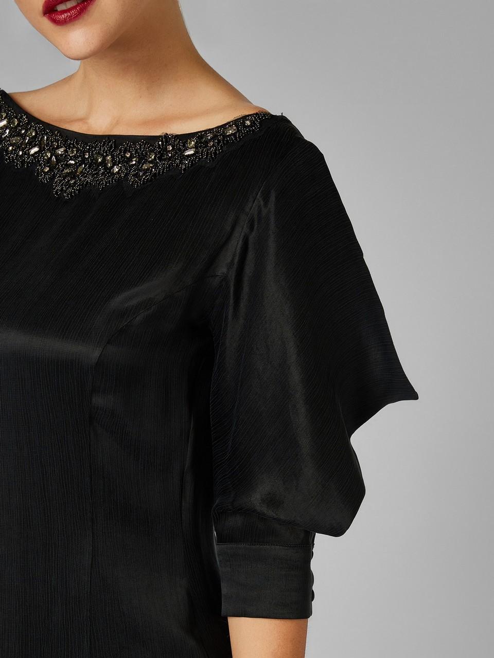 Kayık Yaka Kupro Nakışlı Elbise