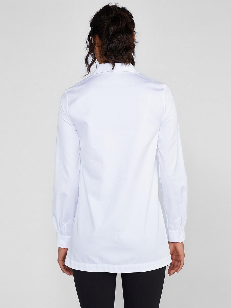 Klasik Kesim Broşlu %100 Pamuk Gömlek