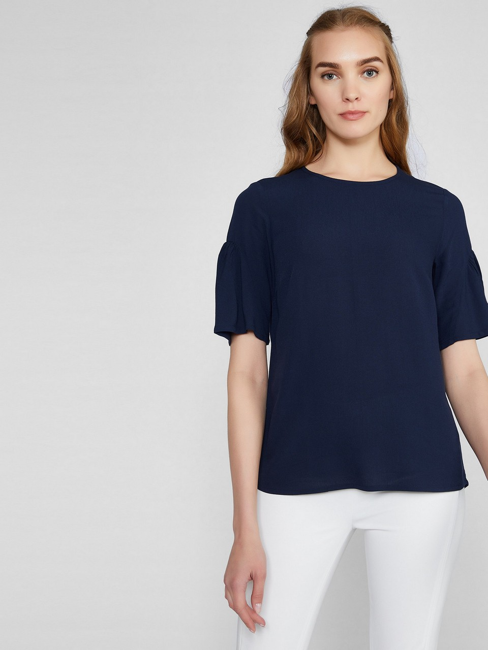 Volanlı Kısa Kol Bluz
