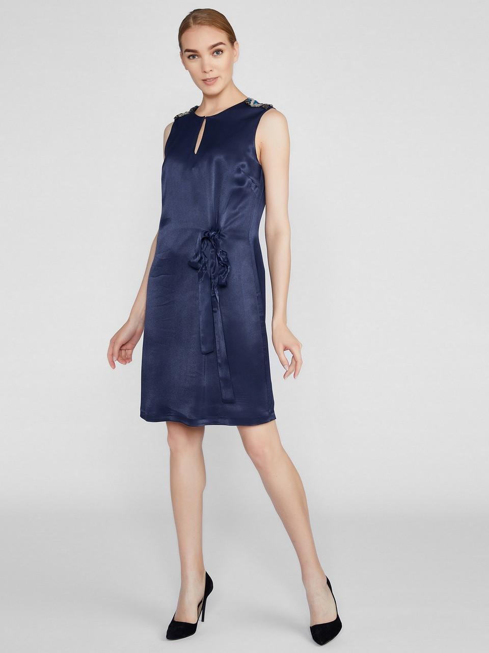 Sıfır Kol Sıfır Yaka Omuzu Taş Detaylı Elbise