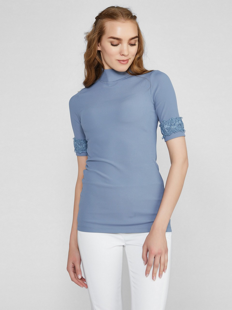 Turtleneck Short Sleeve Blouse With Lace Details On The Arm