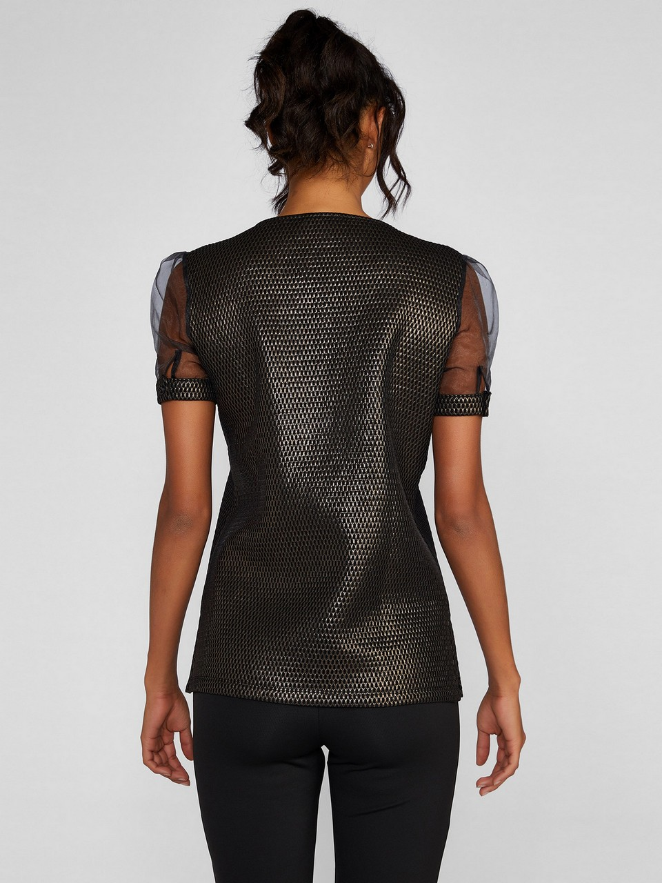 Şifon Kol Detaylı Parıltılı Bluz