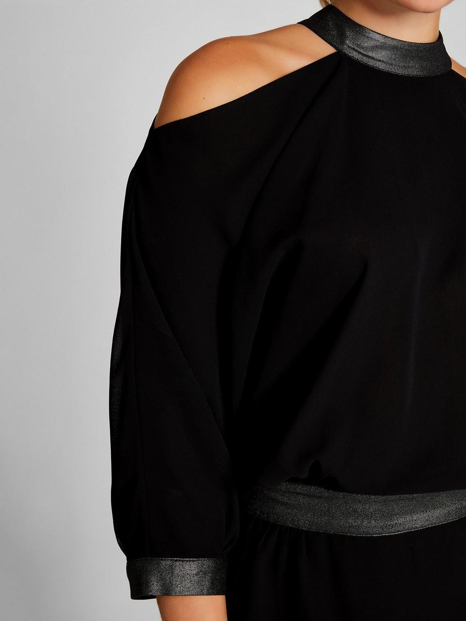 Omuzları Açık Sim Detaylı Bluz