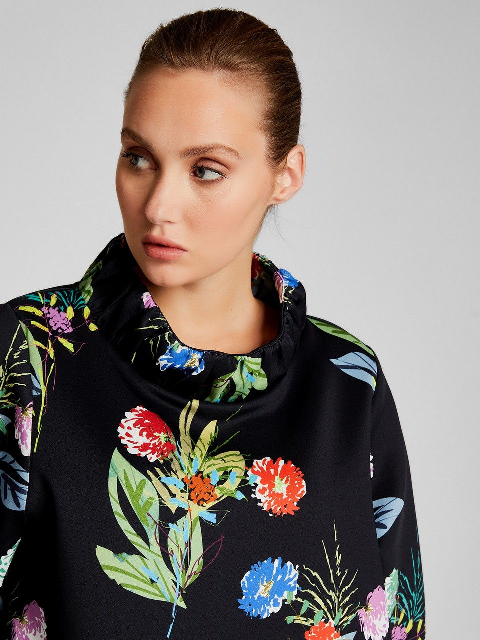 Floral Patterned Three Quarter Sleeve Blouse