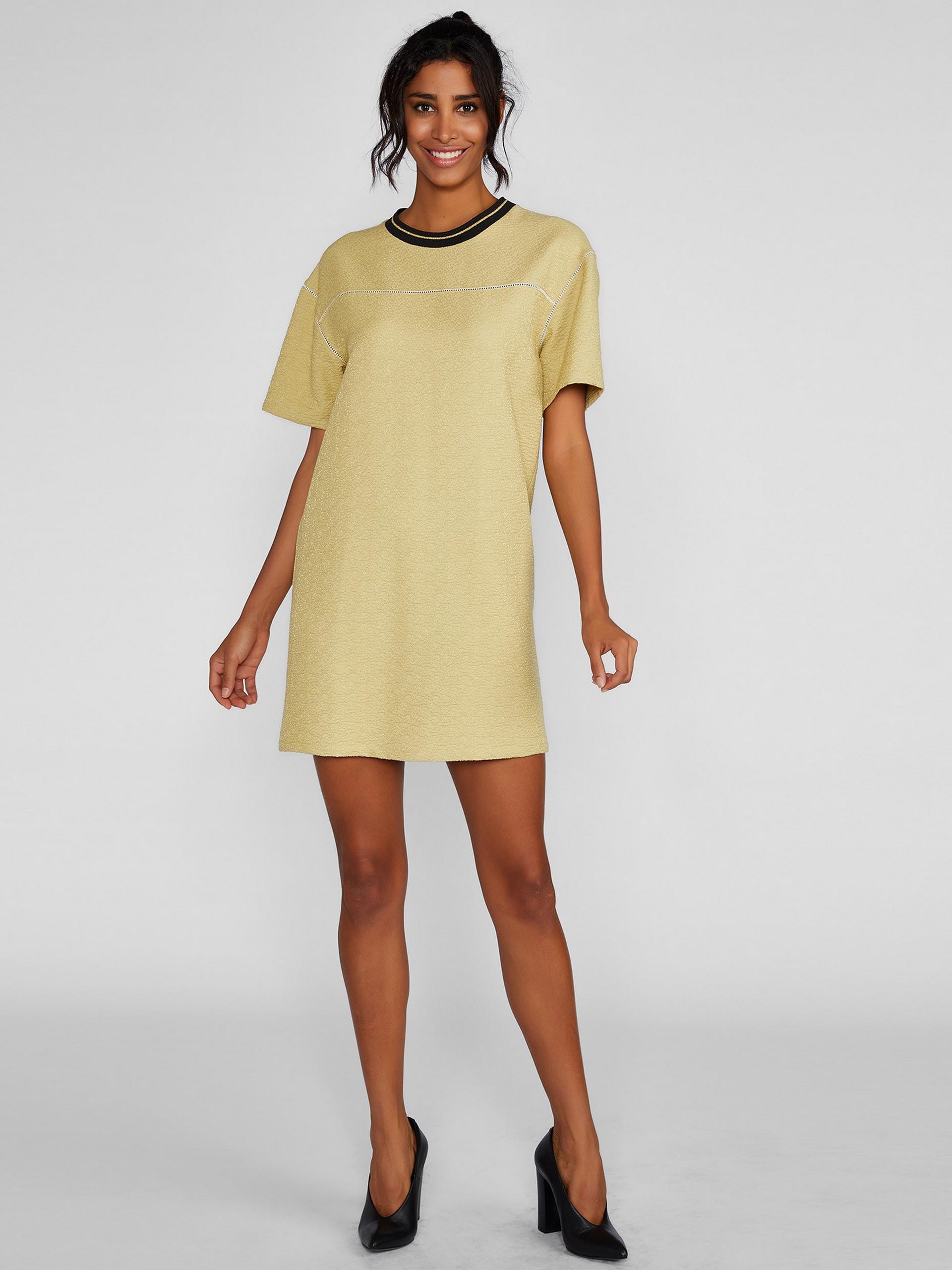Round Neck Short Sleeve Mini Dress