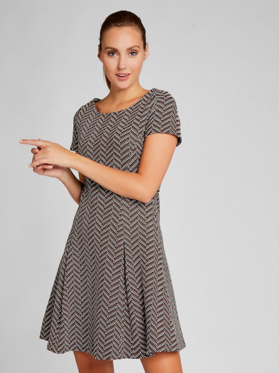 Kayık Yaka Pamuklu Elbise