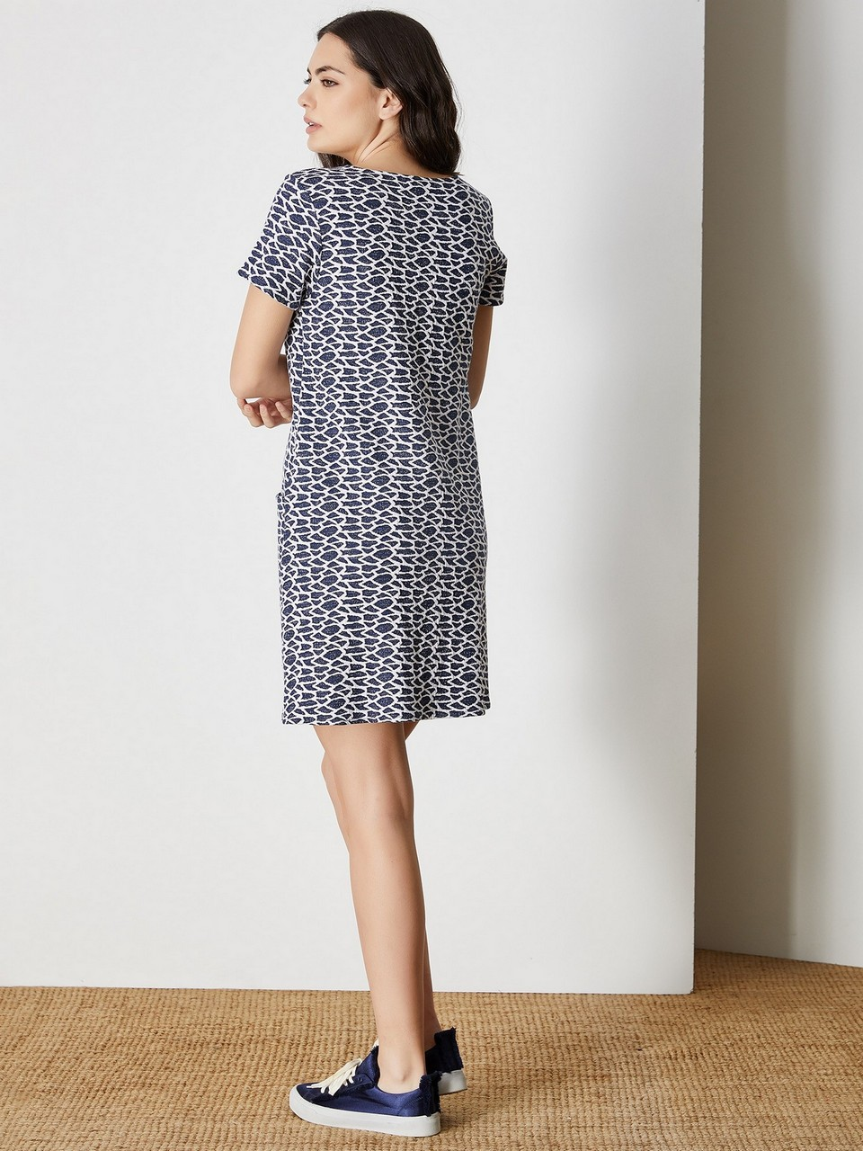Round Neck Loose Cut Dress
