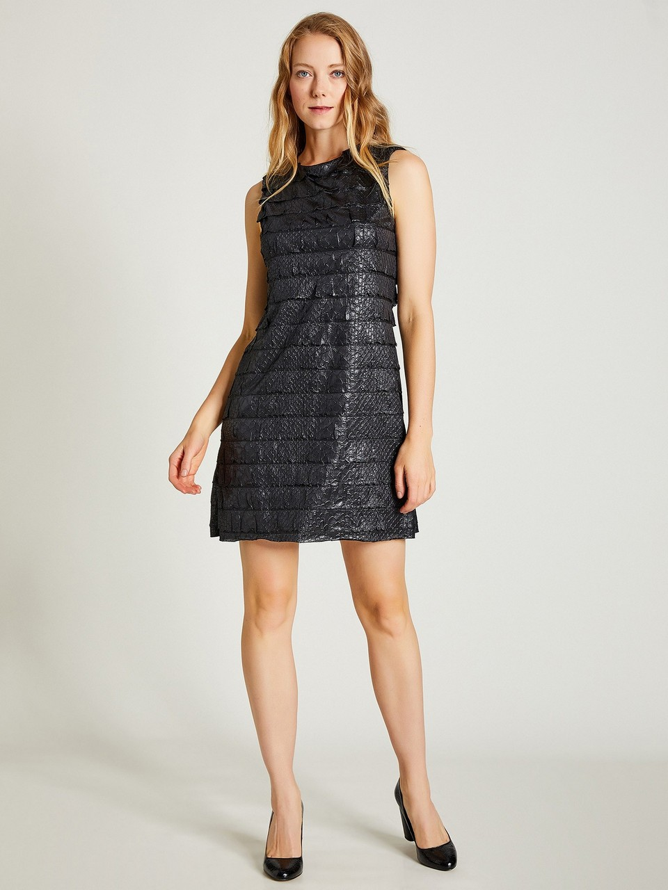 Round Neck Sleeveless Crocodile Look Dress