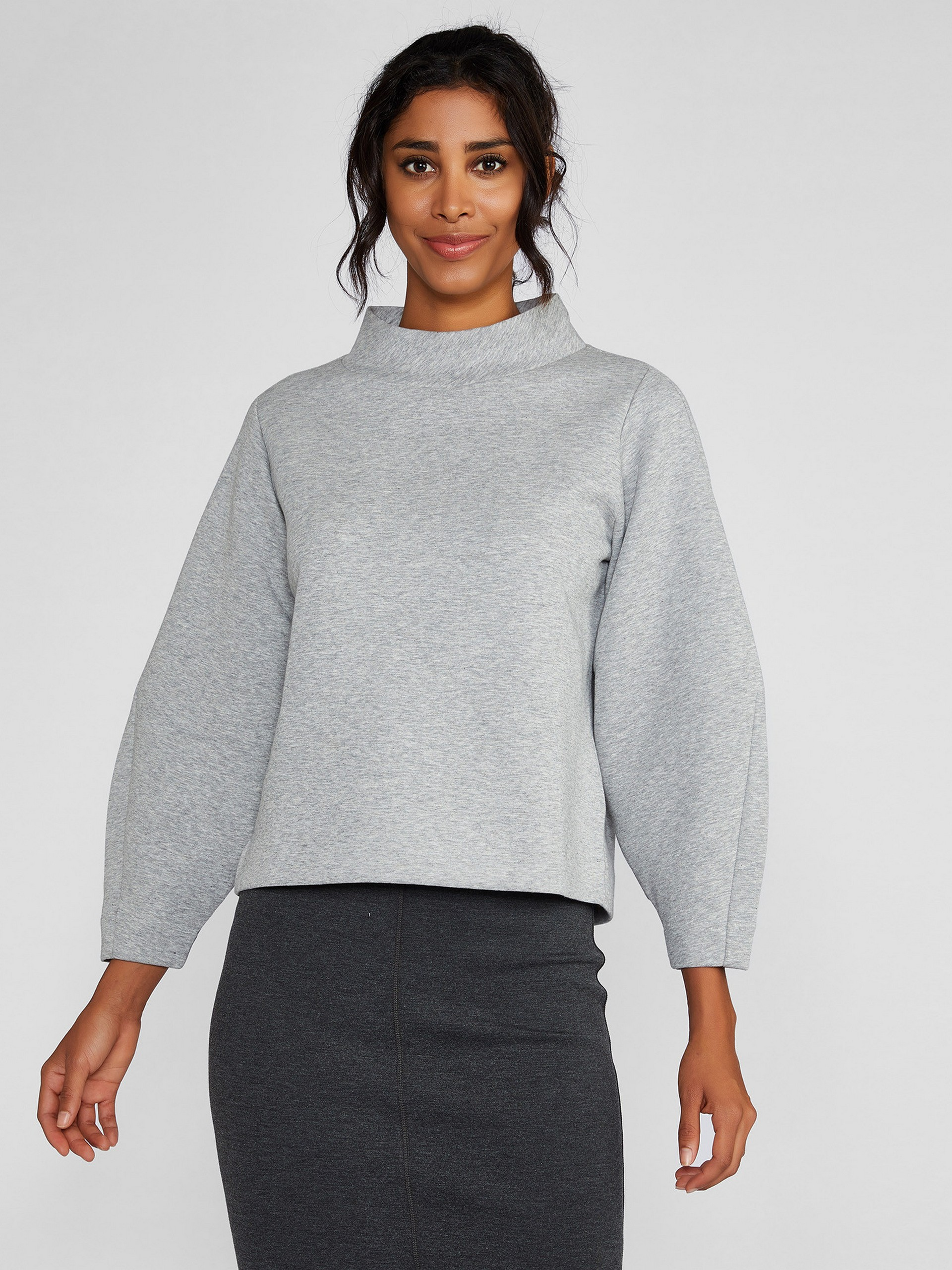 Half Turtleneck Sweatshirt With Balloon Sleeve