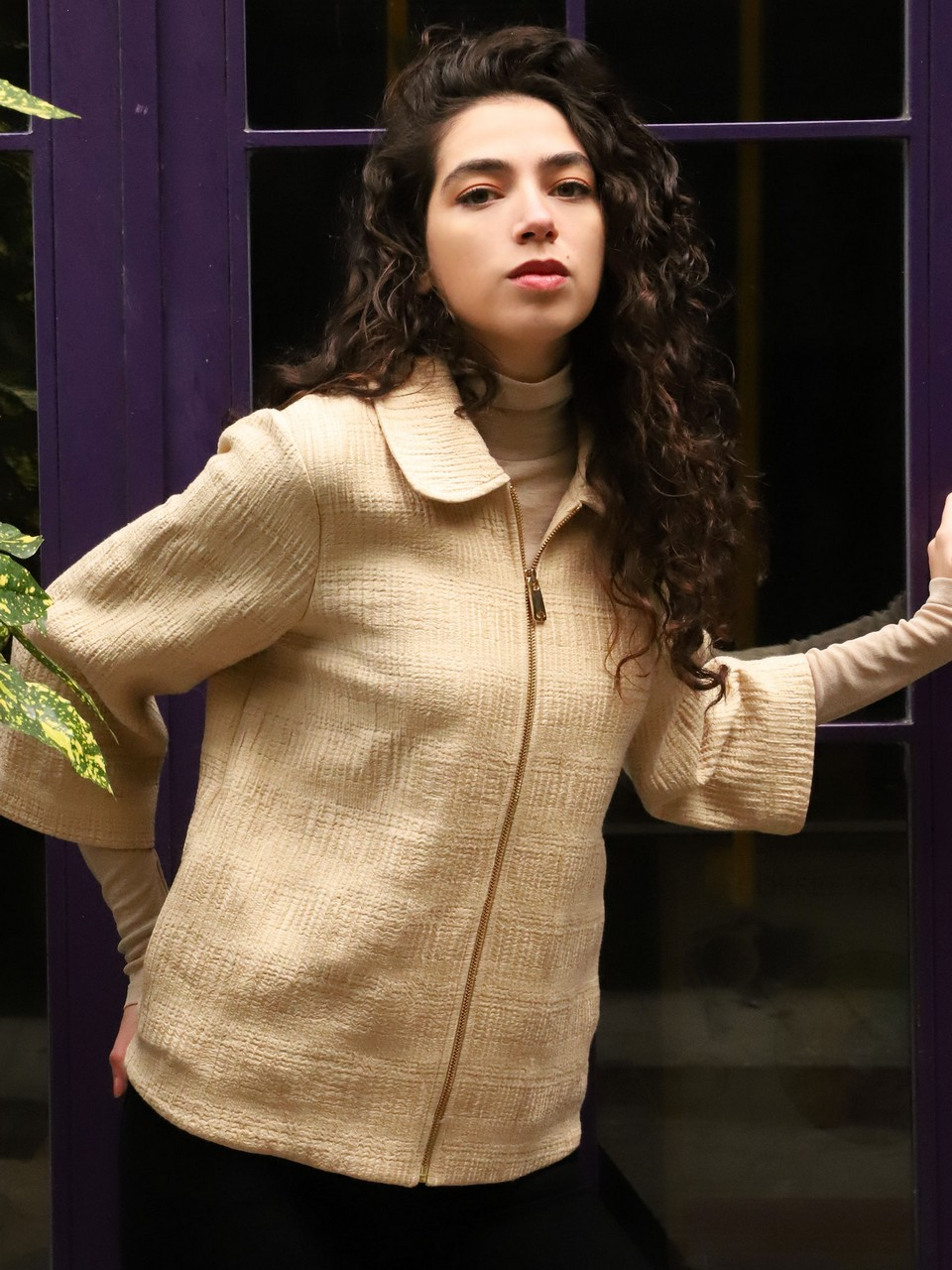 Three Quarter Sleeve Jacket With Zipper