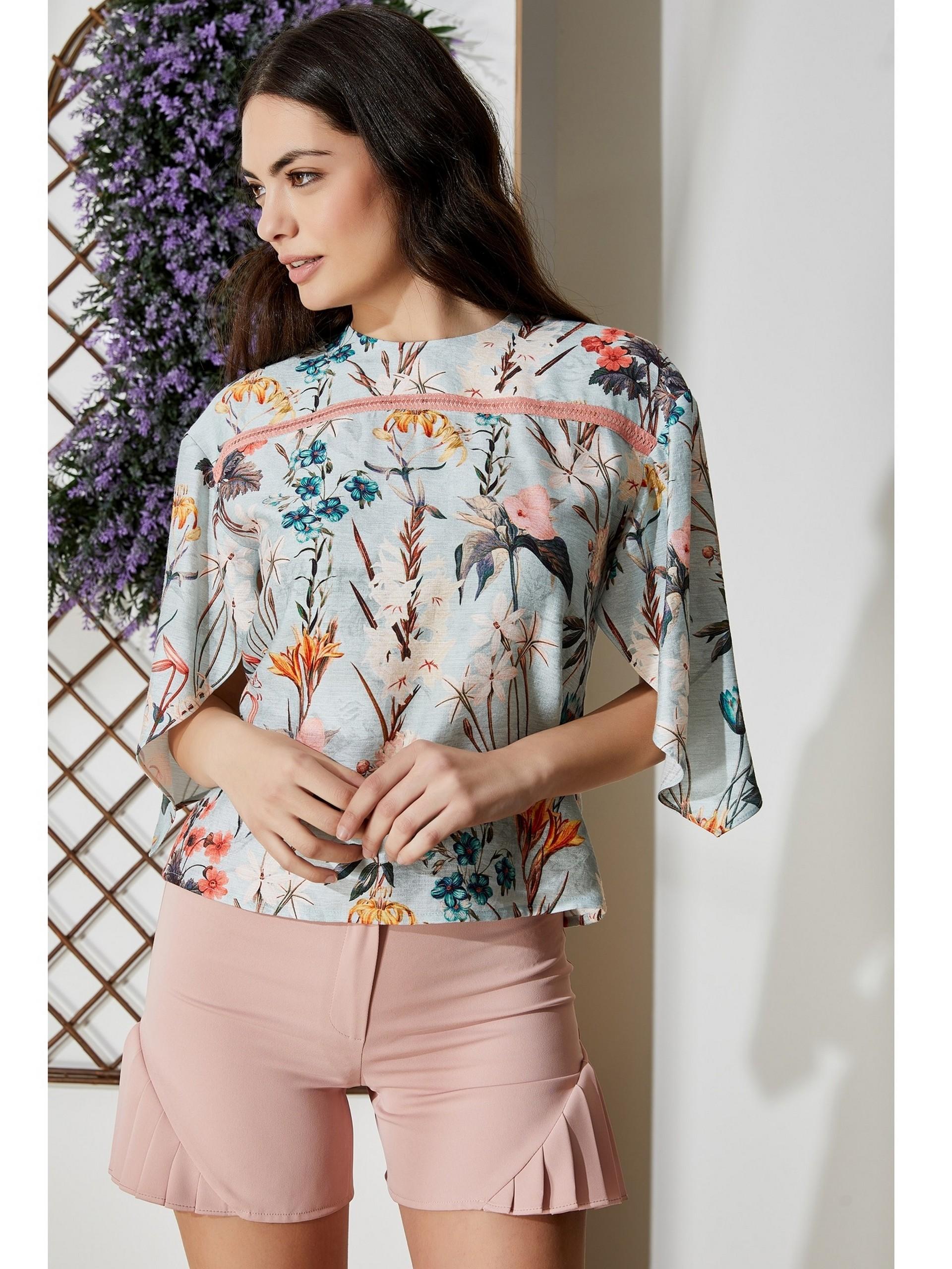Sıfır Yaka Çiçek Desenli Bluz