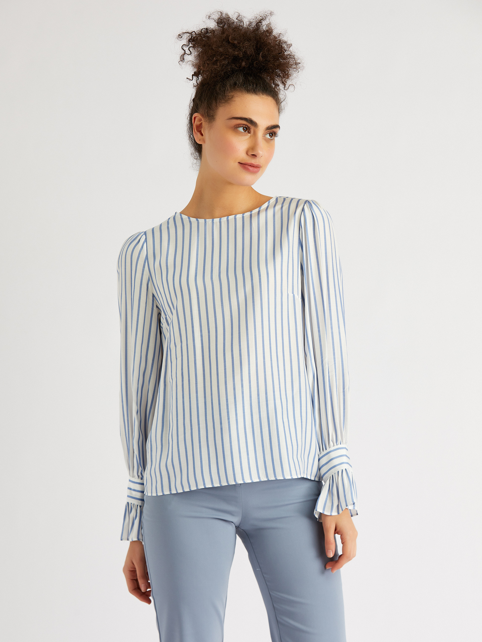 Sıfır Yaka Uzun Kol Çizgili Bluz