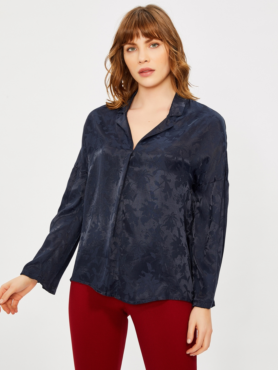Long Sleeve Jacquared Blouse