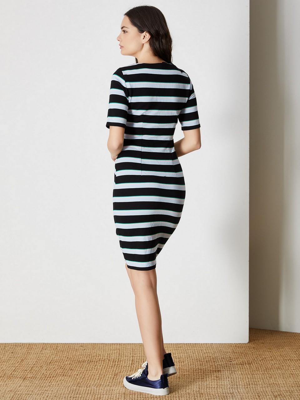 V Yaka Kısa Kol Mini Elbise