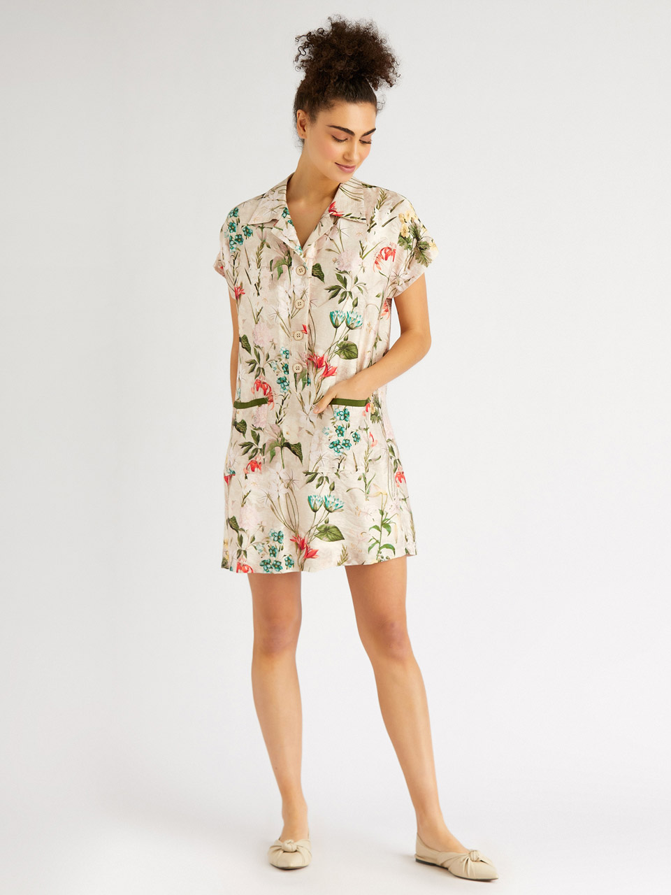 Floral Pattern Loose Cut Dress
