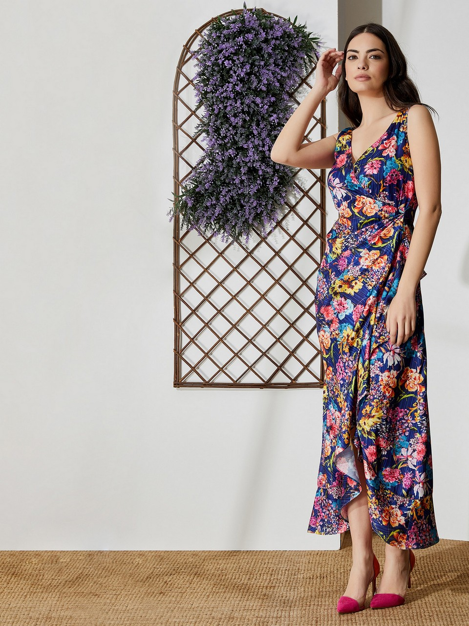 Floral Patterned Maxi Dress With Shoulder Strap