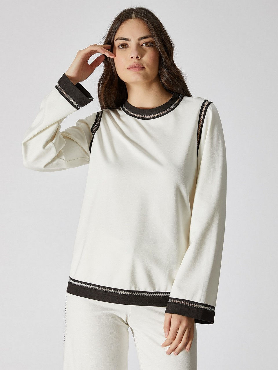 Boat Neck Long Sleeve Strip Detailed Sweatshirt