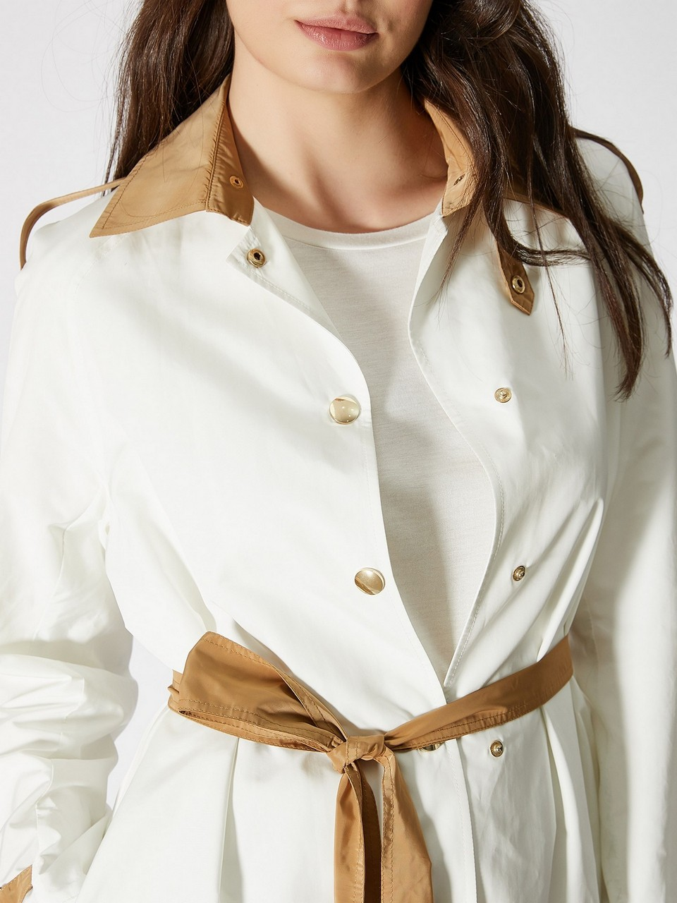 Epaulet Detailed Trenchcoat With Snap Fastener