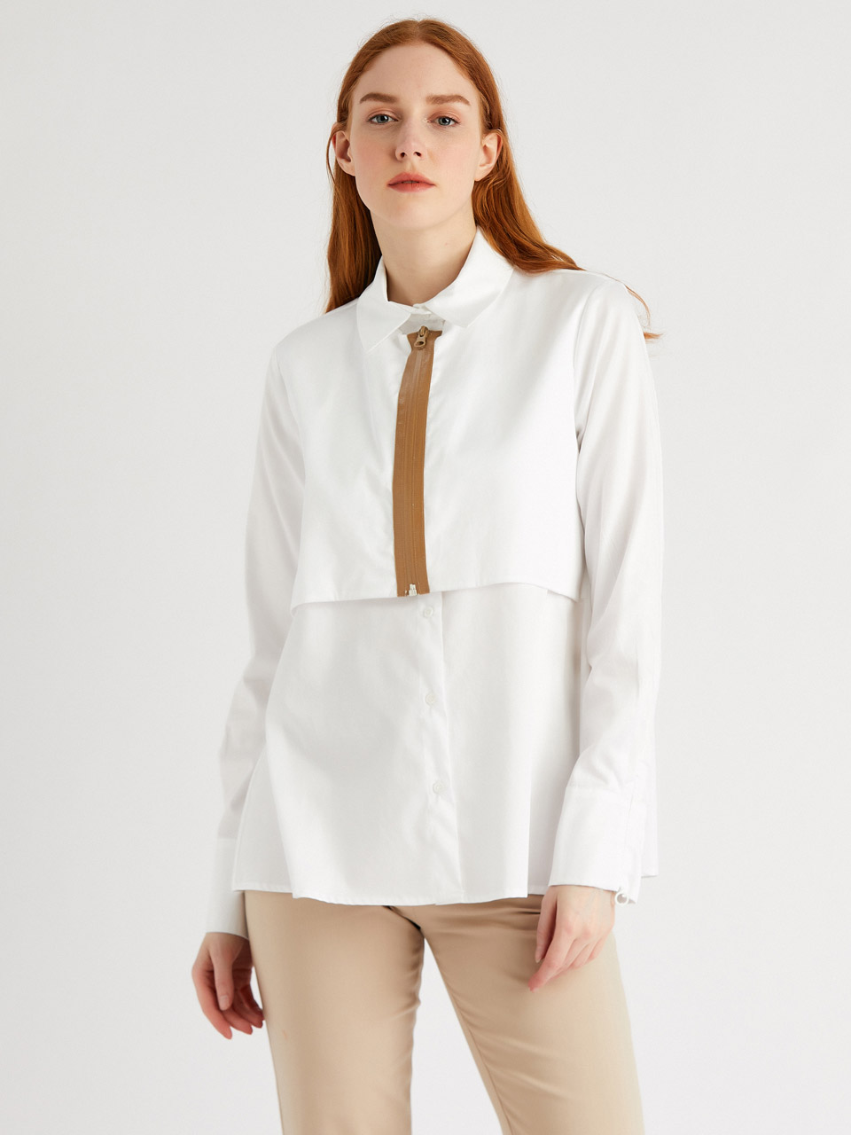 Comfortable Fit Blouse With Zipper Detail