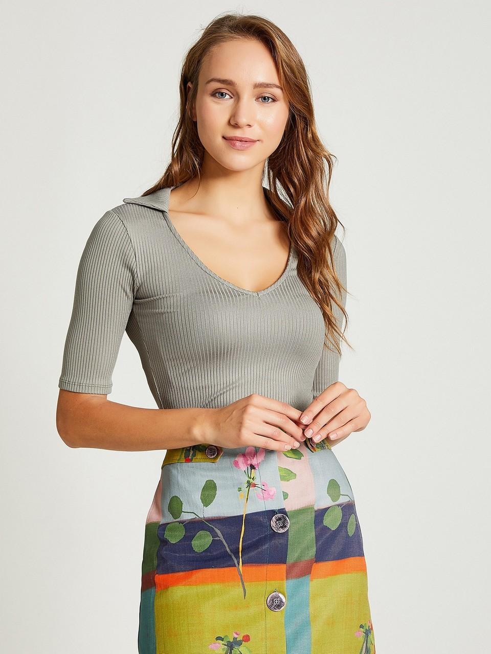 V-Neck Short Sleeve Blouse