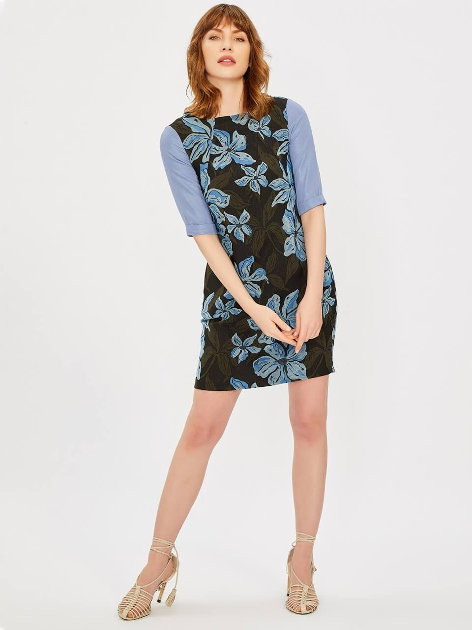Floral Patterned Dress With Jacquared
