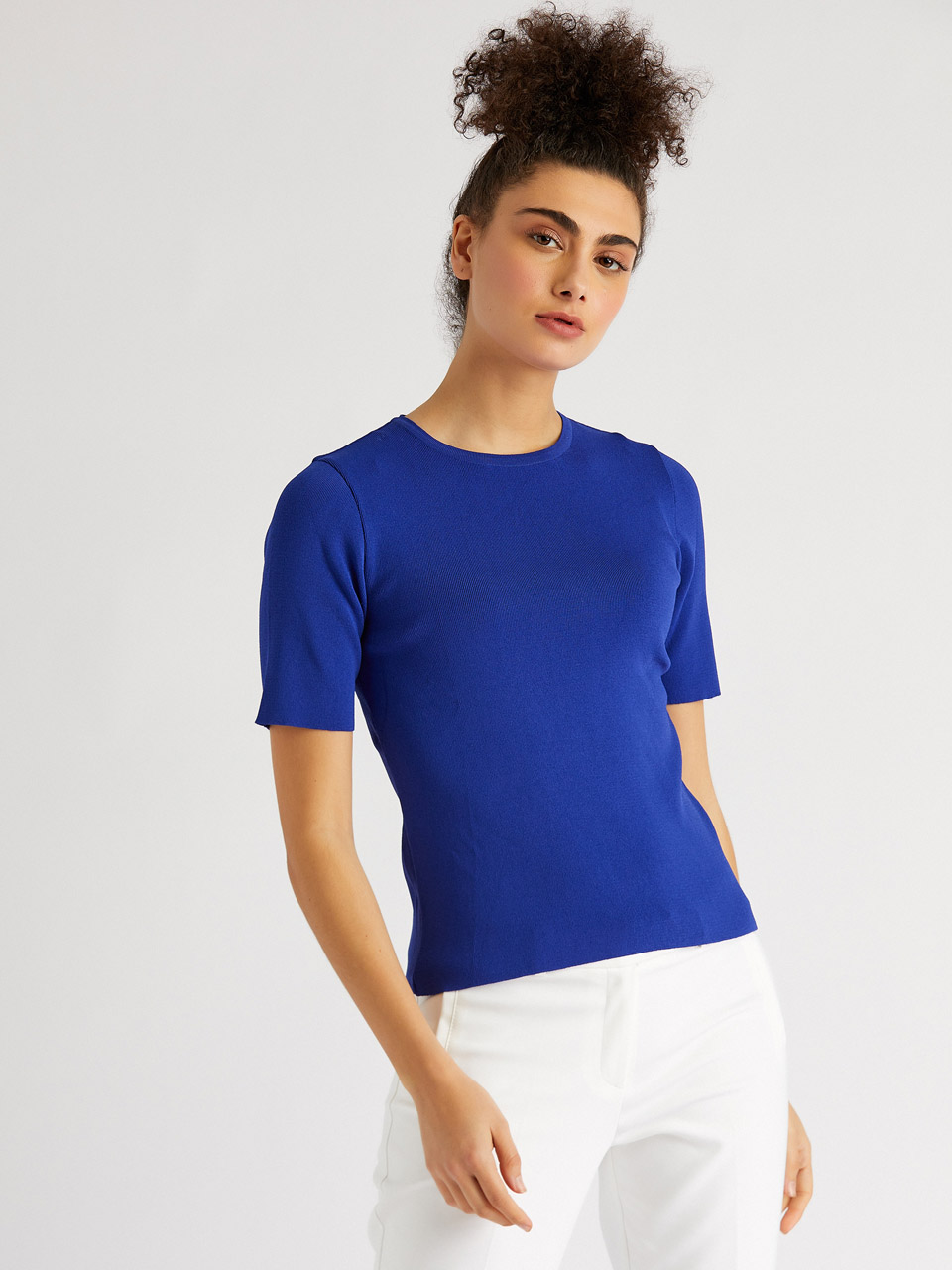 Round Neck Short Sleeve Knitwear Blouse