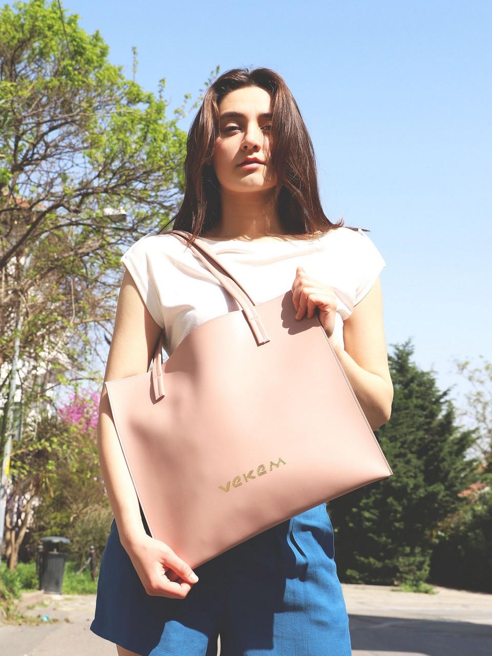 Nude Minimal Bag