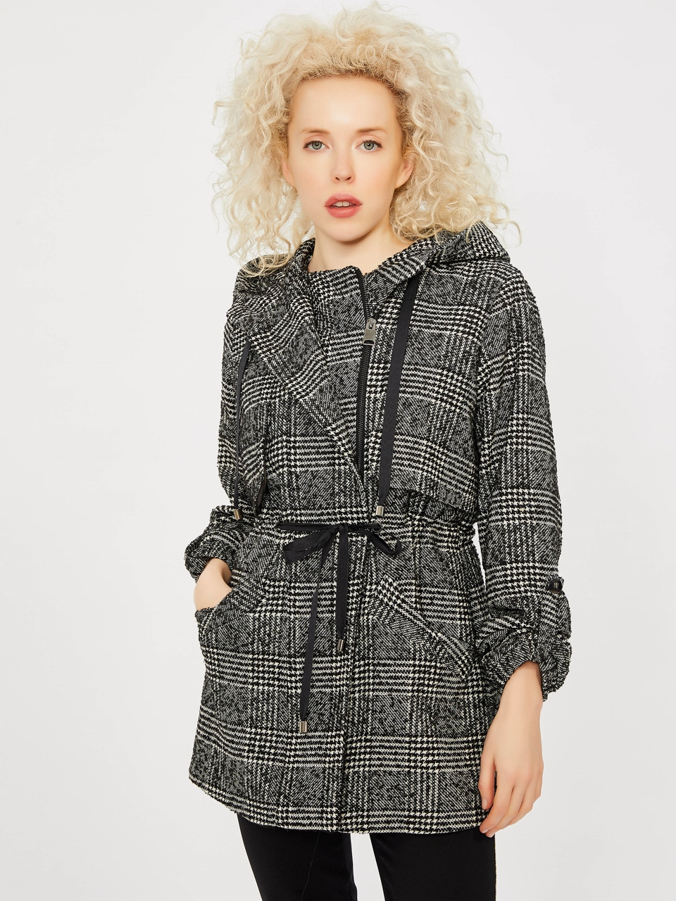 Hooded Waistline Pleated Wool Trench Coat